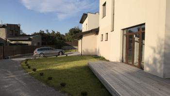 Parduodamas sublokuotas namas Vilniuje